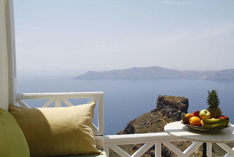 Hotel Spiliotica On The Cliff Santorini Island